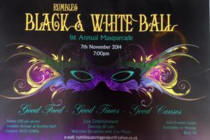 Rumbles Black & White Ball