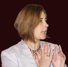 Jen Tiller - founder of HEALERZONE logo