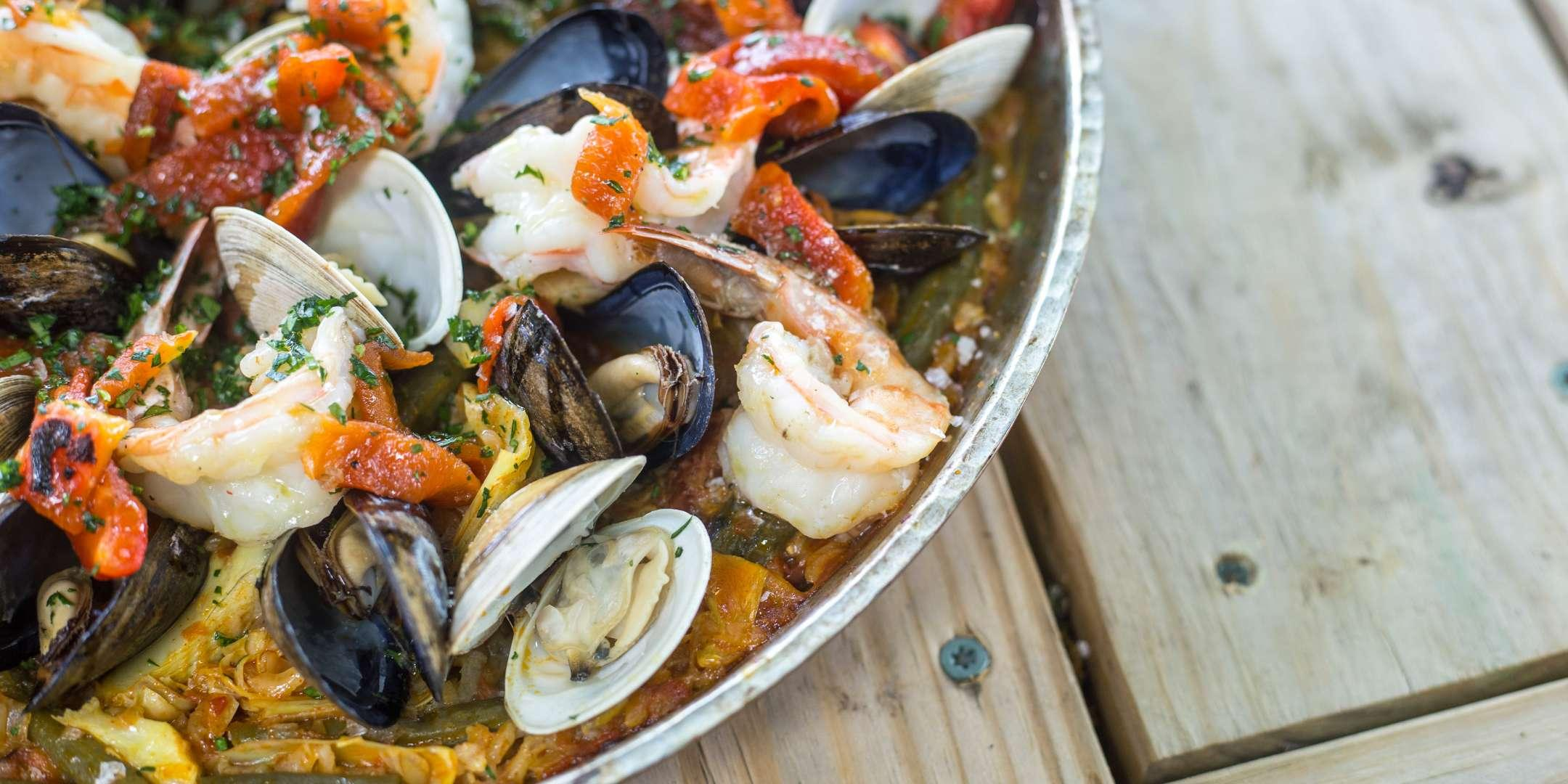 The Ultimate Paella Experience - Team Building by Cozymeal™