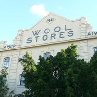 Walking Tour: Winchcombe Carson Woolstore and London...