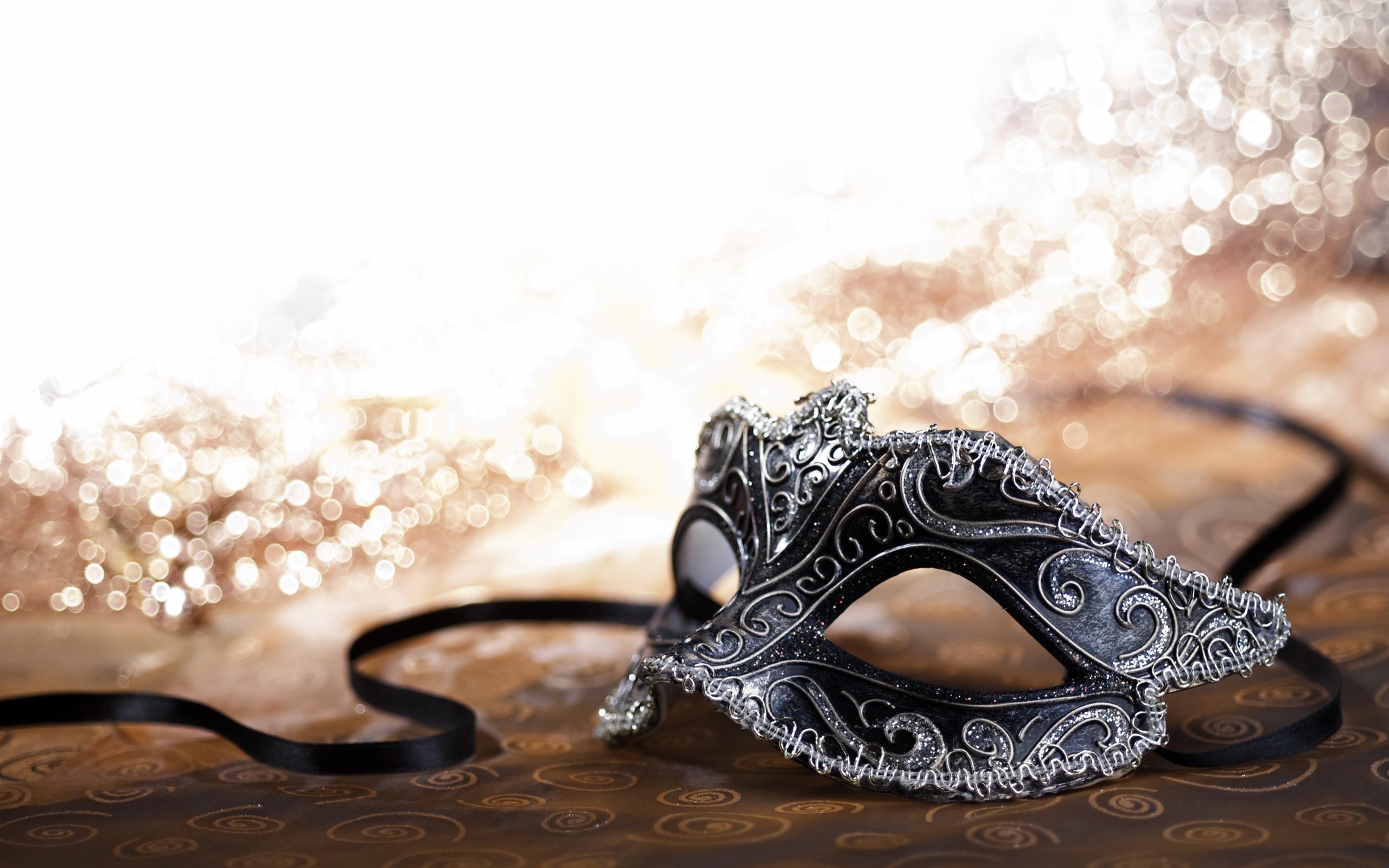 enGene Holiday Party: Masquerade Ball