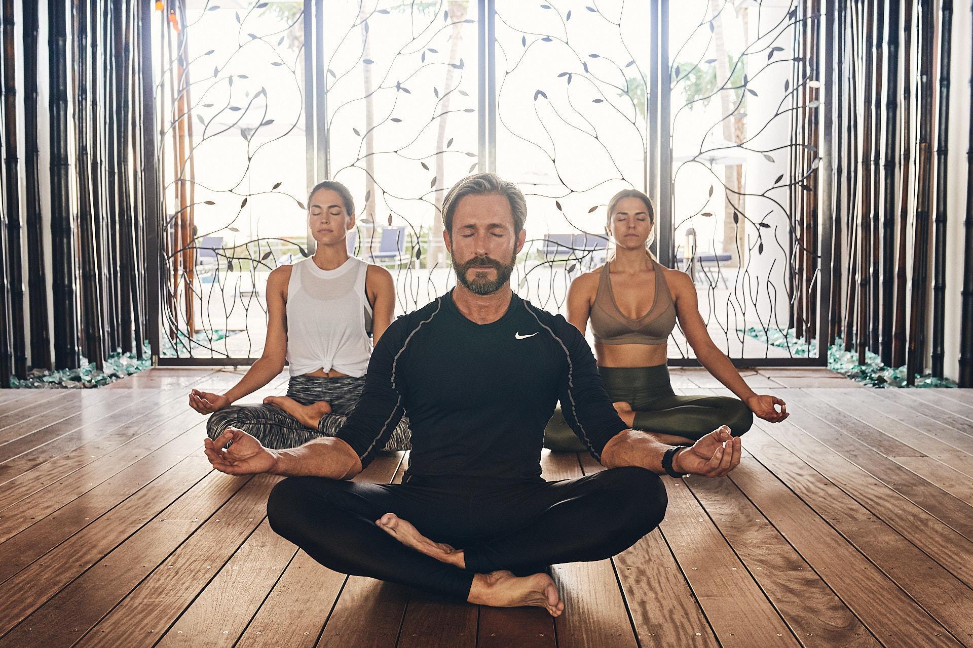 Essential Om Meditation & Aromatherapy