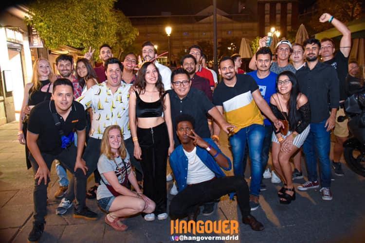 Tour de bares gratis (free pubcrawl)