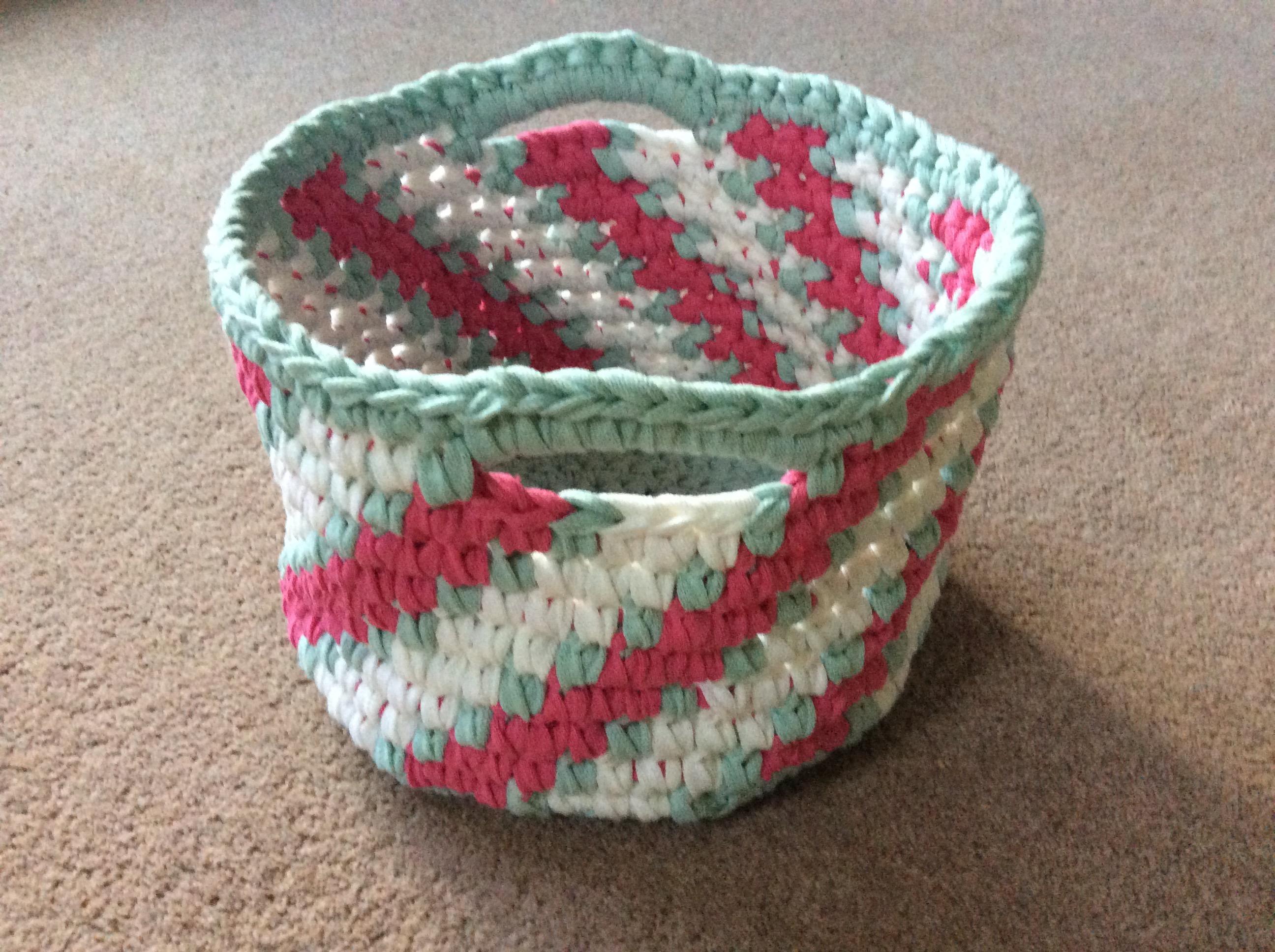 Crochet Candy-Striped Basket Workshop