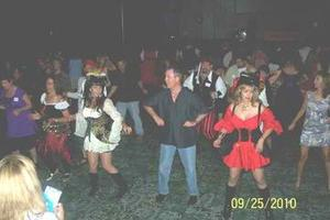 SINGLES COSTUME DANCE PARTY (costumes optional)