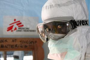 Stopping Ebola: MSF's experience on the front lines of...