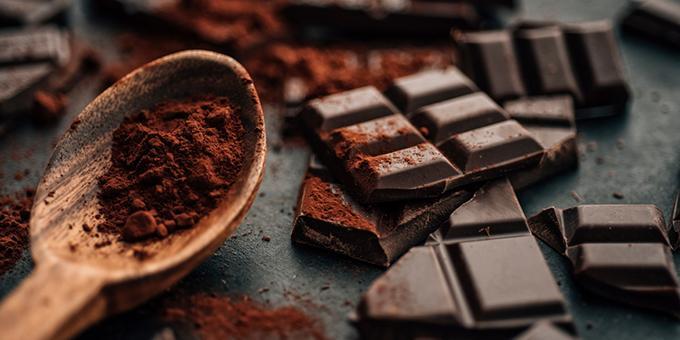 Learn how to make raw chocolate
