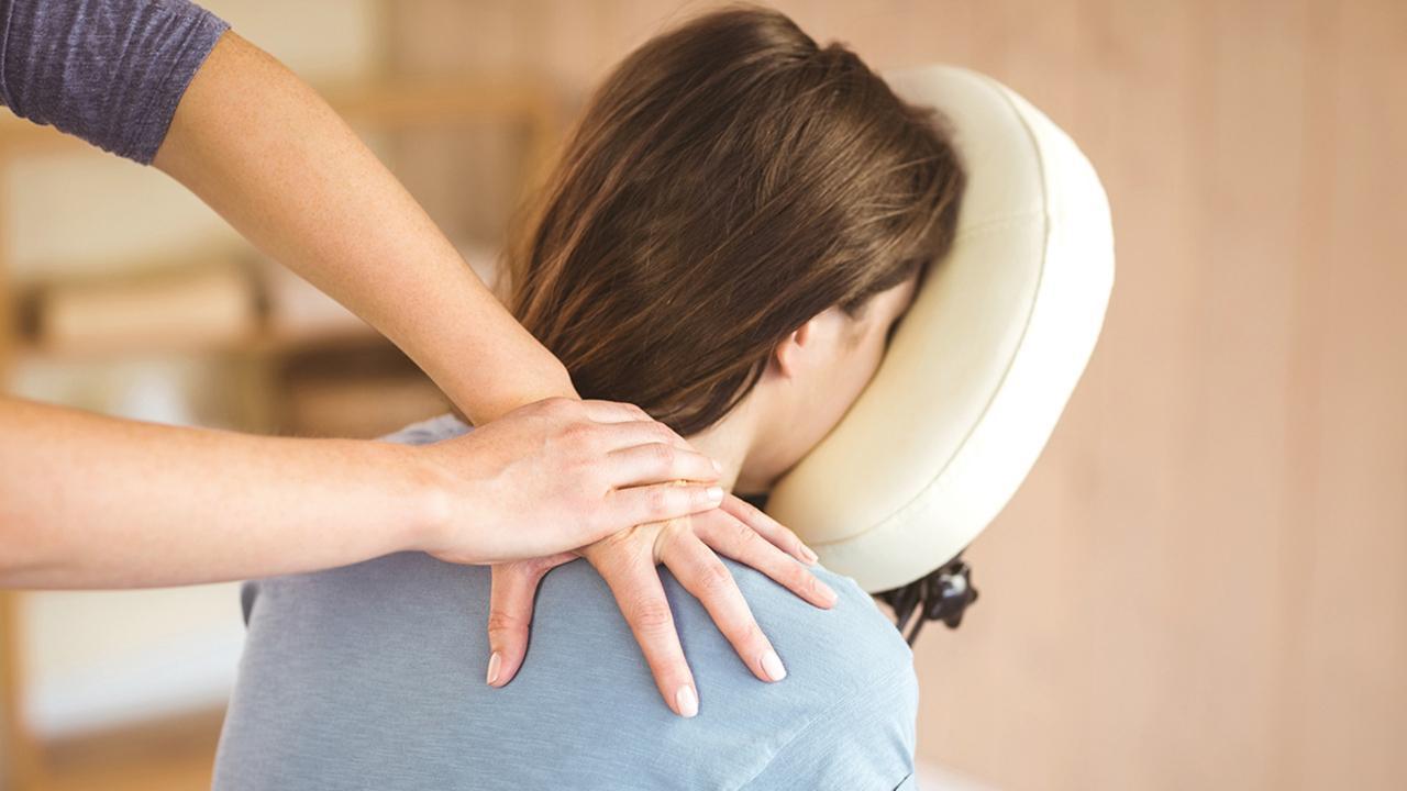 Massage sur chaise 19 mars 2020 (local PSME au salon du personnel)