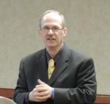 The Sales Training Specialist, Larry Cockerel logo