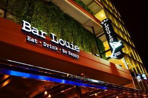 First Thursday Happy Hour at Bar Louie Uptown