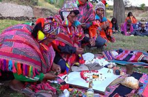 PACHAMAMA ZEREMONIE Q´´ero Inka-Schamanen - Master of...