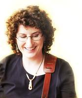 Eve Goldberg Performs in Watchung