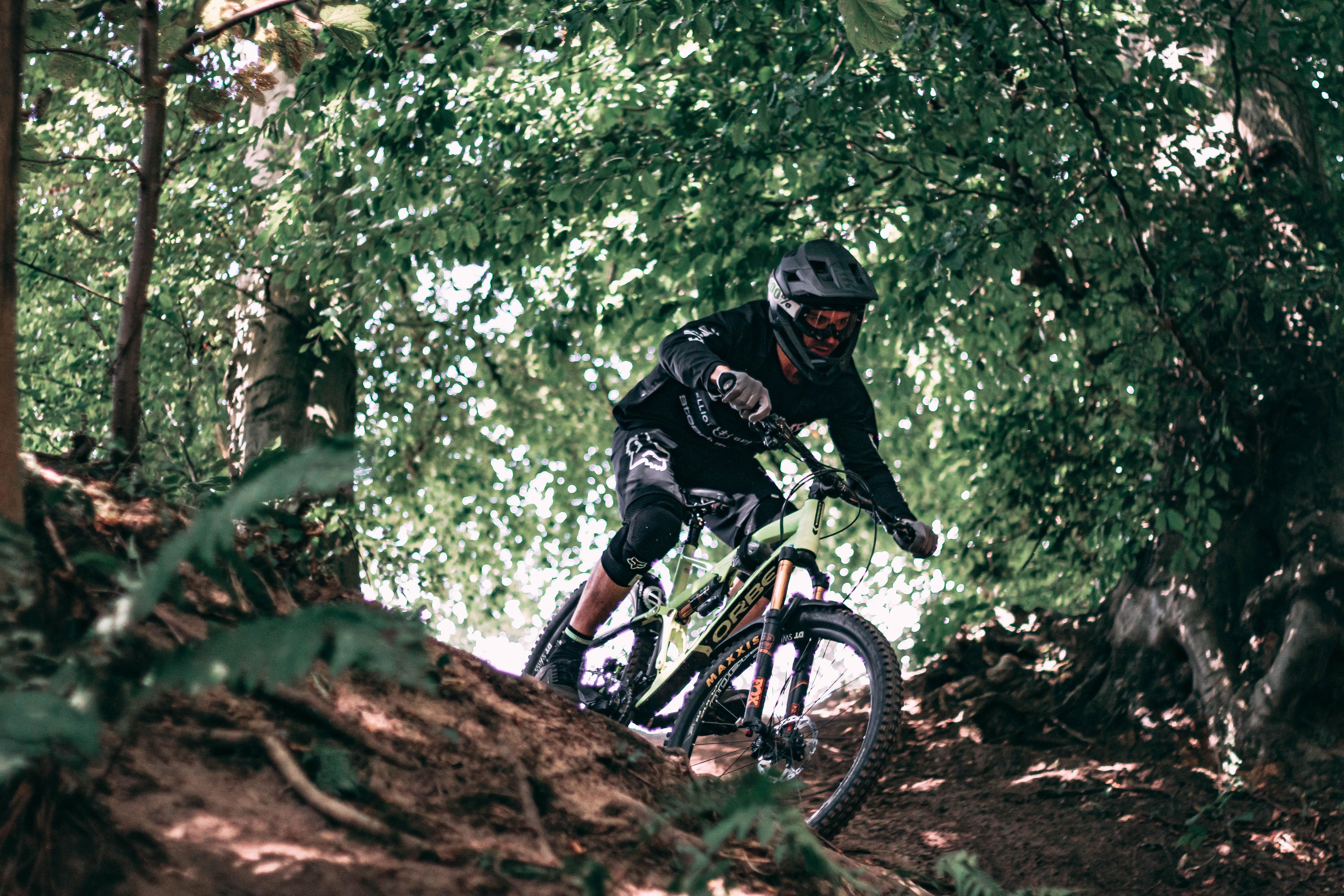 Lewis Bell Photography x TotalMTB: Beginners Photography Workshop