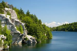 Lake to Lake - Light to Intermediate Day Hike
