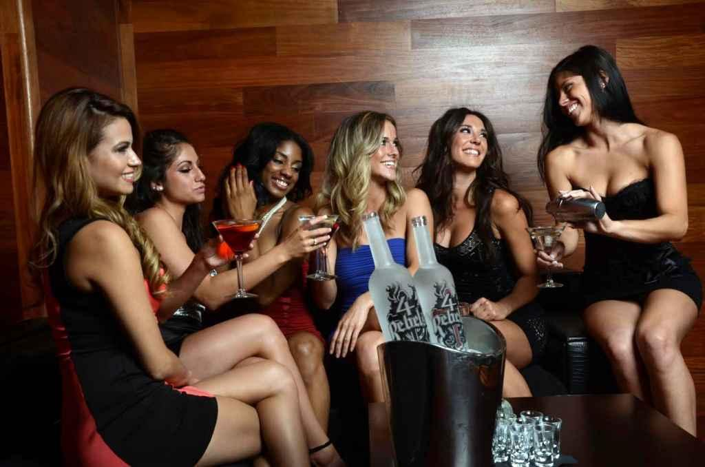 LADIES NIGHT FRIDAY NIGHT ROOFTOP PARTY | Ladies free all night