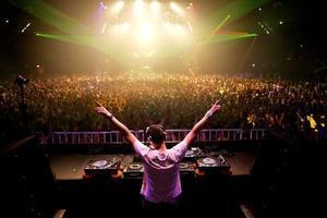 """31st DEC """" DJ DANCE PARTY """""""