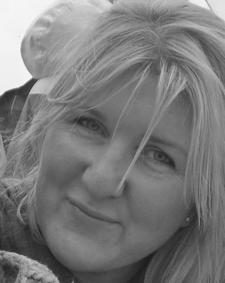 Linda Davies-Carr The Master Fixer logo