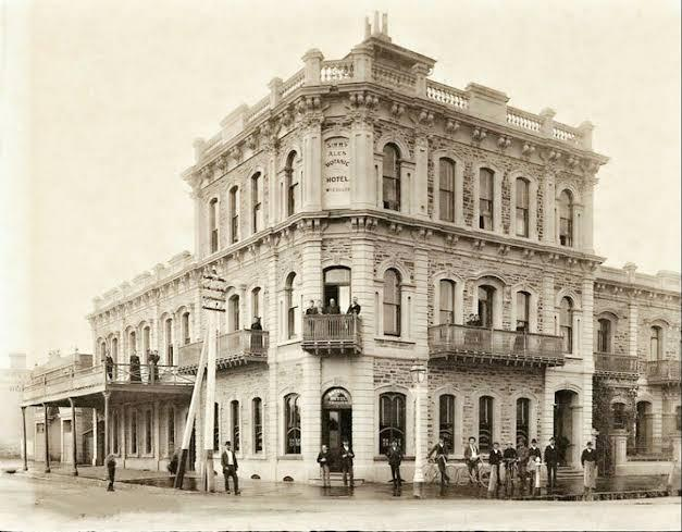 CANCELLED - Vintage Pubs Walk - Adelaide City