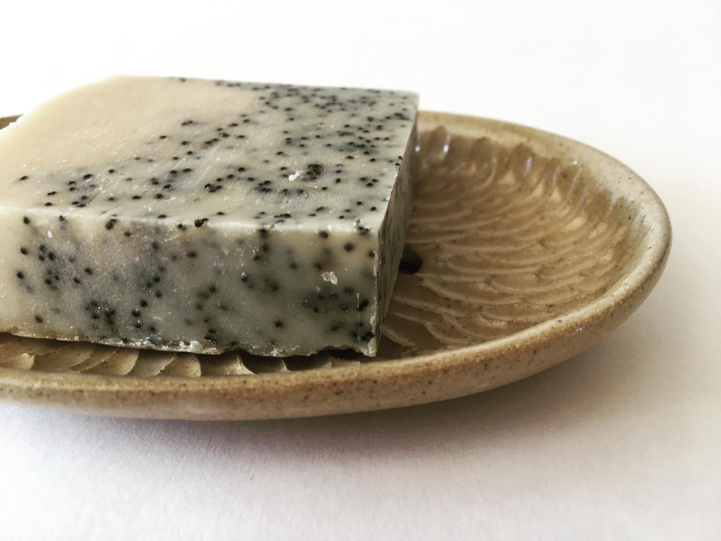 PLAY WITH CLAY - HAND CARVED SOAP DISH
