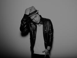 Guest Host & Performance by BRUNO MARS @ RumoR Tuesday...