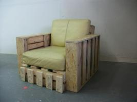 Pallet Furniture Building